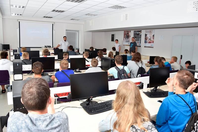 Uniwersytet Zielonogórski - Uczelnie Zielona Góra