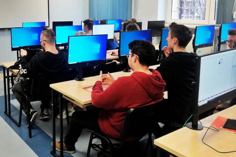 Warszawska Wyższa Szkoła Informatyki – rekrutacja, kierunki studiów